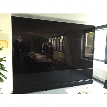 Transportable Monitor Videowall mit 4 x 46 Zoll Monitoren